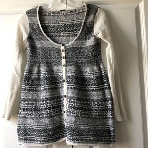 Free People Button up Scoopneck Sweater size Small